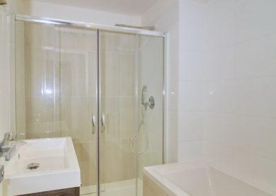 byt 131 koupelna