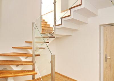nebyt 041 schody
