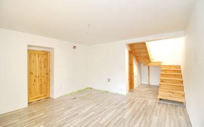 Prodej rodinného domu se 2 bytovými jednotkami, 166 m2, pozemek 585 m2, Horoušany