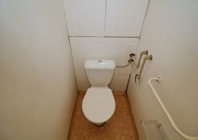 080 WC